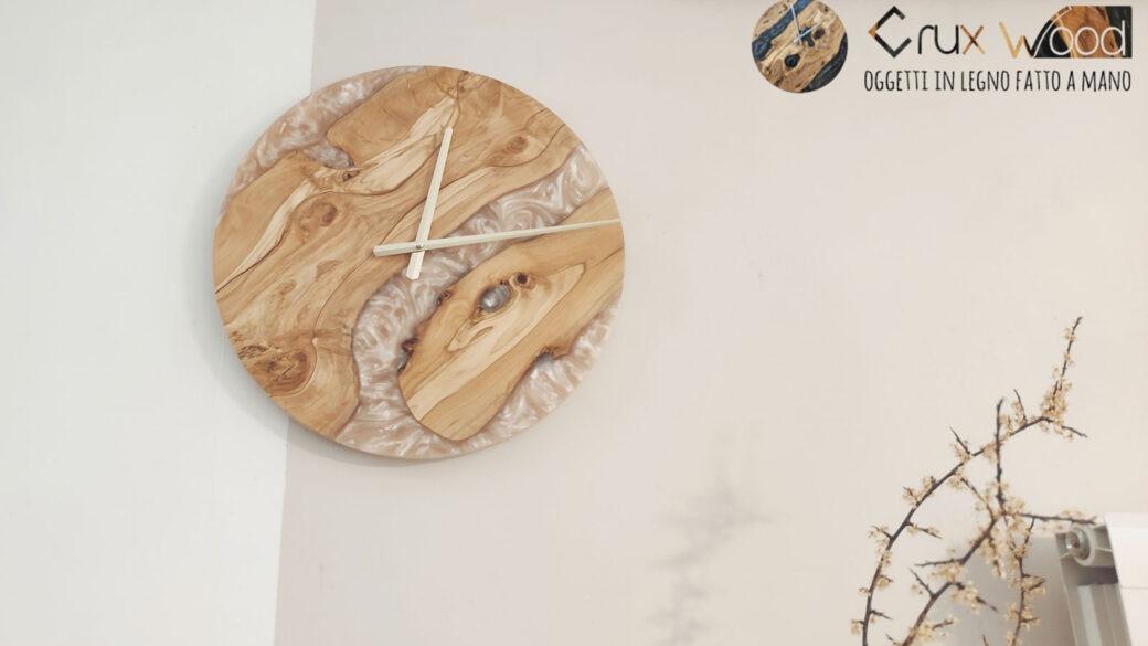Orologio Legno e resina da 32 cm